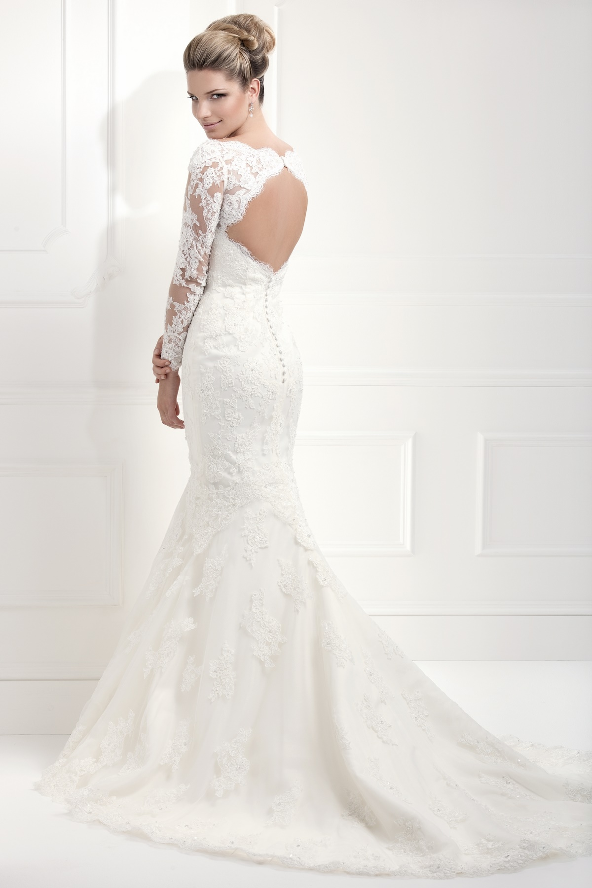 Your Guide to the Trendiest Bridal Gowns In 2015 – Wedding Dresses ...