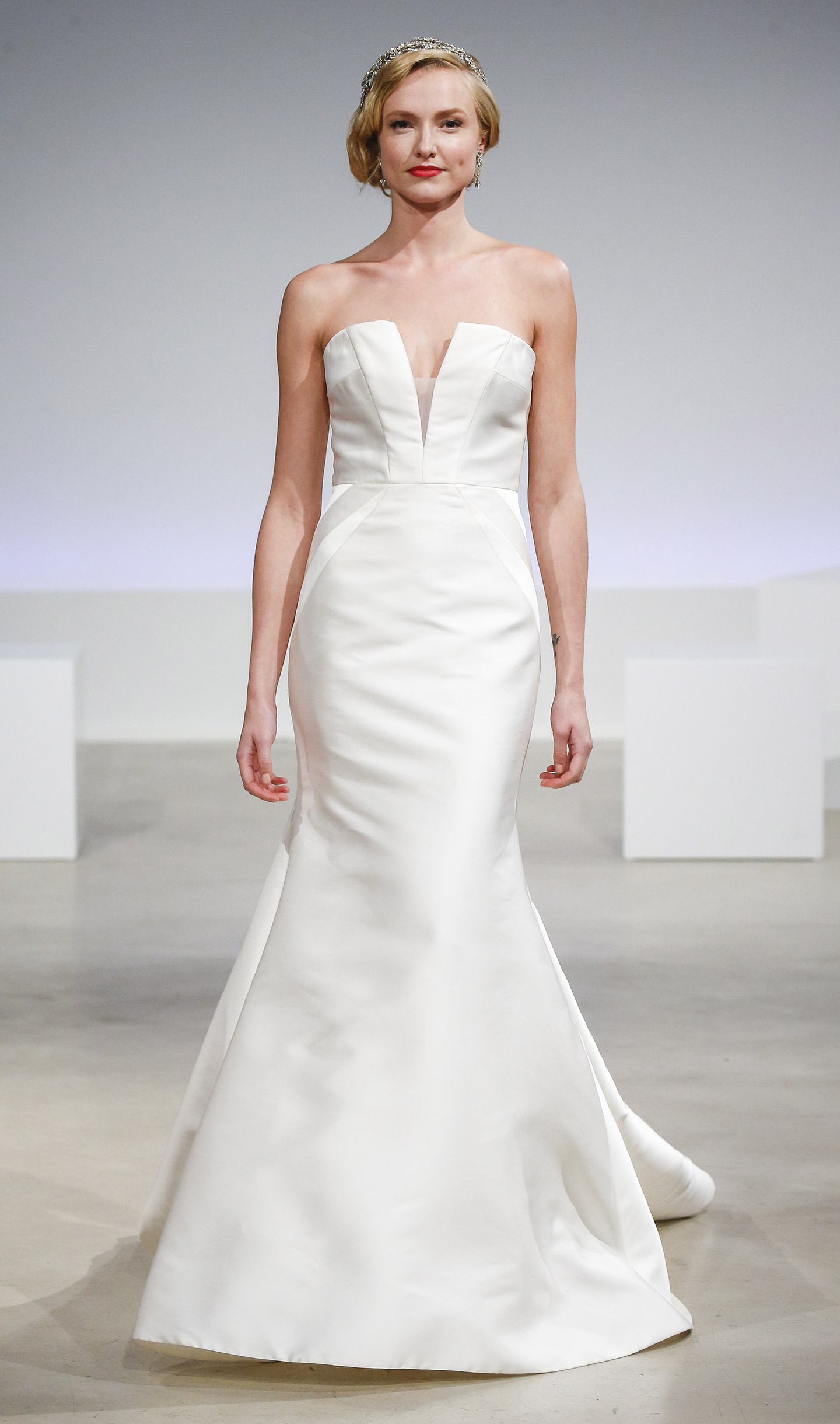 Anne Barge Wedding Dresses Gowns Veils And Accessories