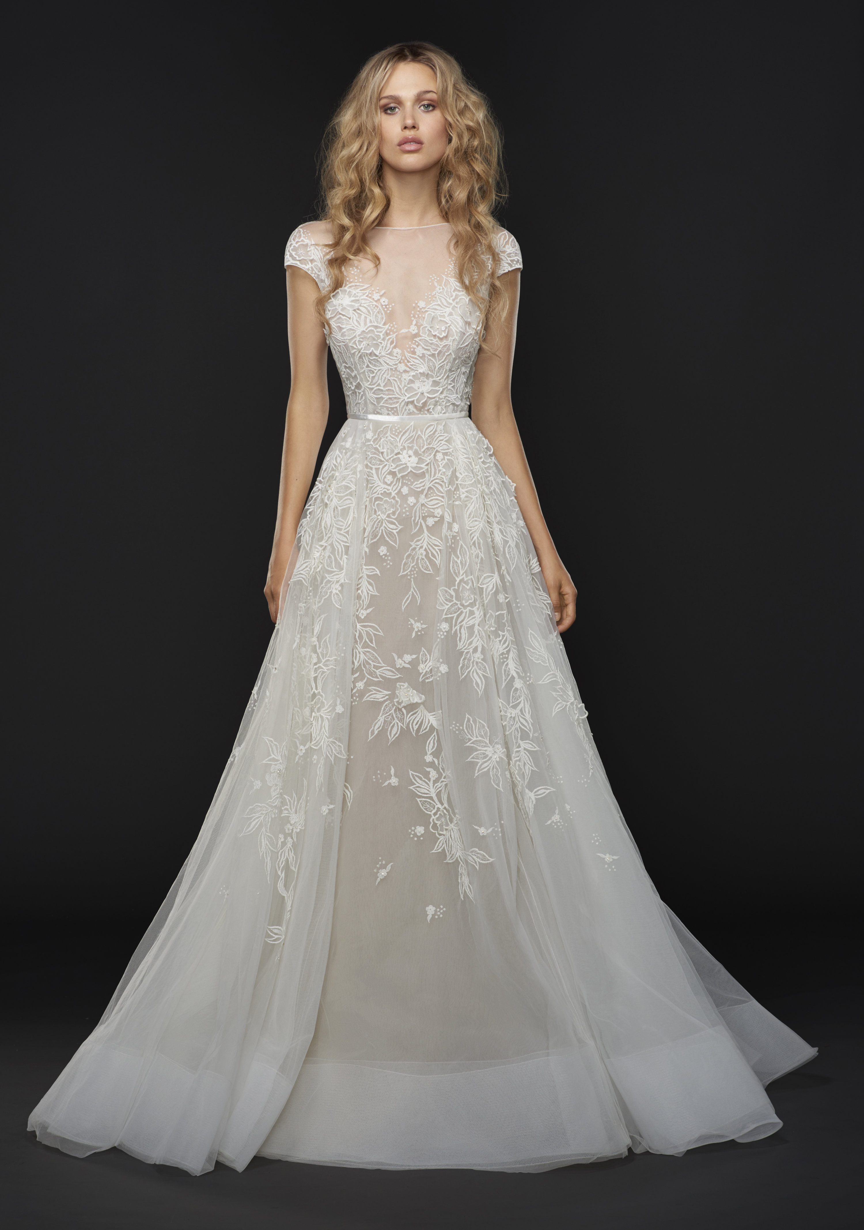 used designer wedding dresses hayley wedding gowns luxury bridal collection in dubai 8205